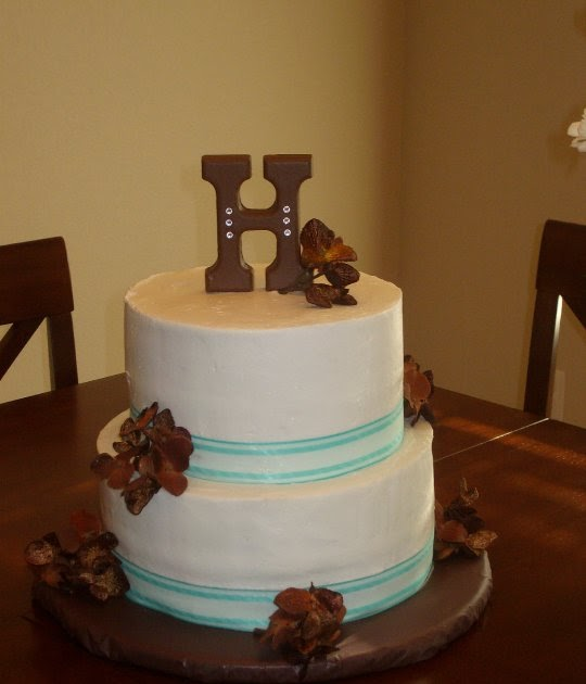9 Simple Wedding Cakes With Just One Layer: The Simple Cake: Brown & Teal Wedding Shower Cake